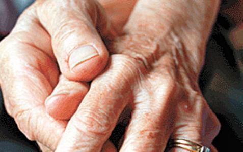En-la-UNAM-desarrollan-implante-para-tratar-Parkinson_politicamain